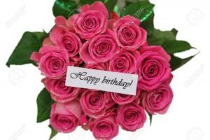 25605567-Tarjeta-del-feliz-cumplea-os-con-rosas-de-color-rosa-ramo-aislado-en-blanco-Foto-de-archivo