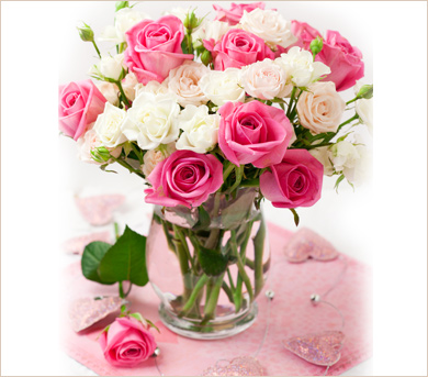 21599-2-ramo-de-rosas-de-color-rosa-y-blanco-en-florero