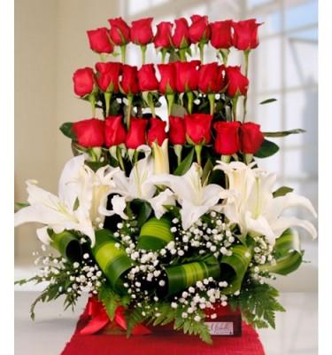arreglos-de-flores-naturales-para-cumpleaños-fotos-375x400