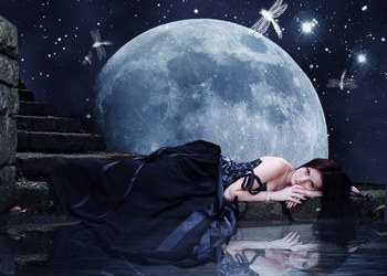 557313_735928057_moonlit-reflection-by-berry-kitsune_H213949_L