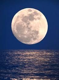 imágenes de la luna llena 2