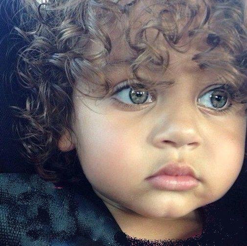Niños hermosos de todo el mundo