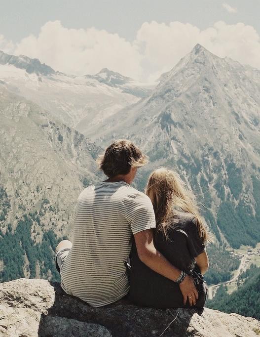 fotos bonitas de parejas en la montaña
