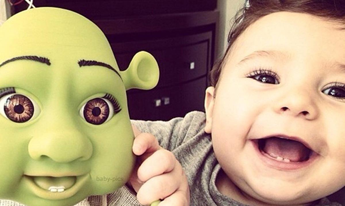 niños parecidos a sus muñecos