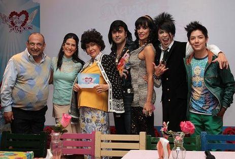 Maria_de_Todos_los_Angeles-Chino- y los demás personajes de esta serie