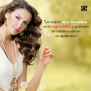 Mujeres felices con frases