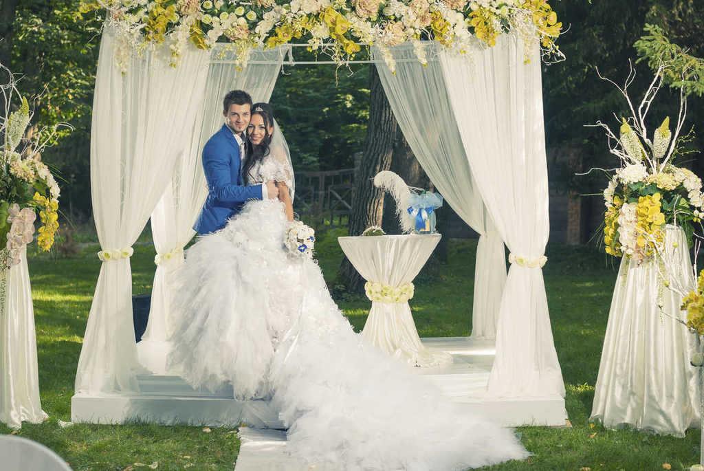 como-decorar-un-jardin-para-una-boda-1