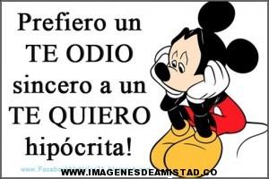 Mickey-Mouse-con-Frases-de-amistad-cortas-PARA-Facebook-300x200