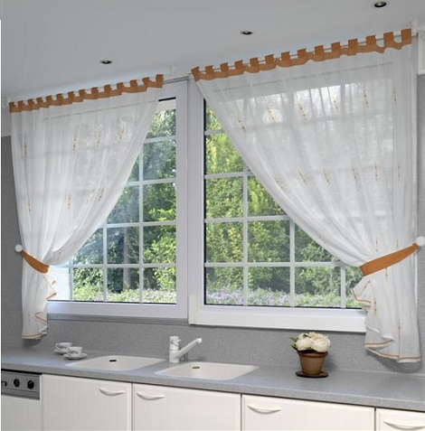 cortinas-para-cocina-blanca