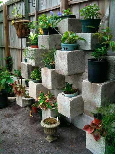 decoraciones-del-jardin-con-bloques-de-cemento-10