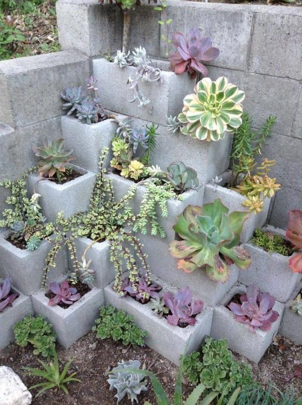 decoraciones-del-jardin-con-bloques-de-cemento-6