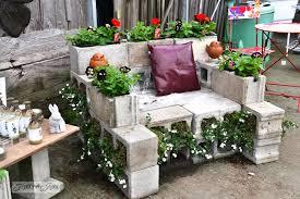 decoraciones-del-jardin-con-bloques-de-cemento-9