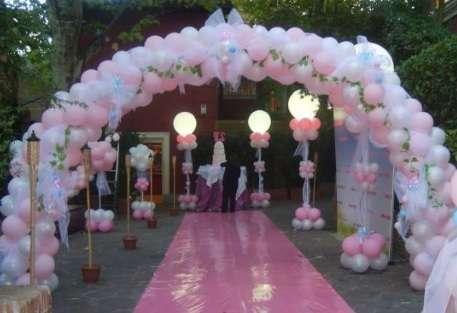 decoracion-con-globos-para-quince-anos-al-aire-libre