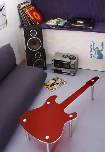 diseños de madera en forma de guitarra