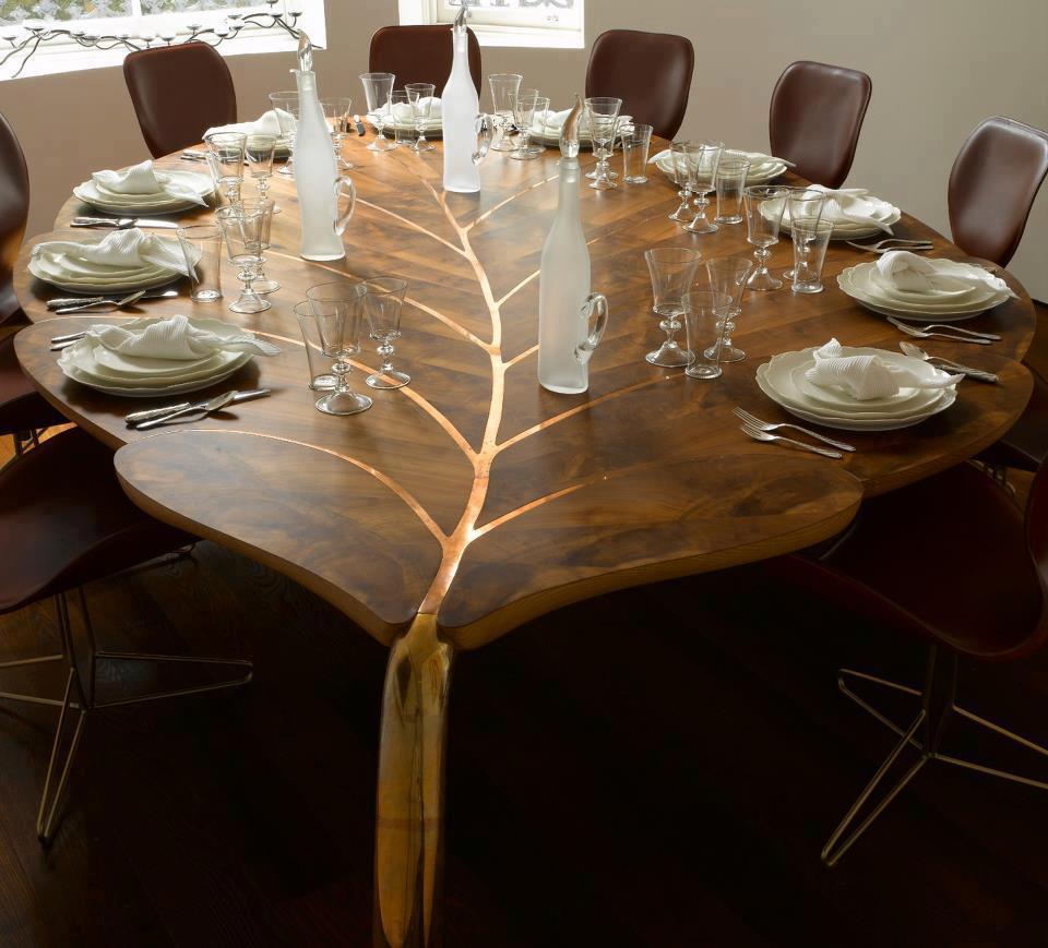mesas en forma de hoja