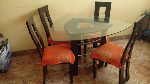 mesas-en-forma-de-hoja-4