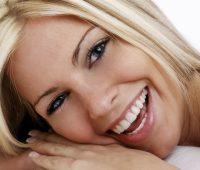 Imágenes de mujeres con una linda sonrisa