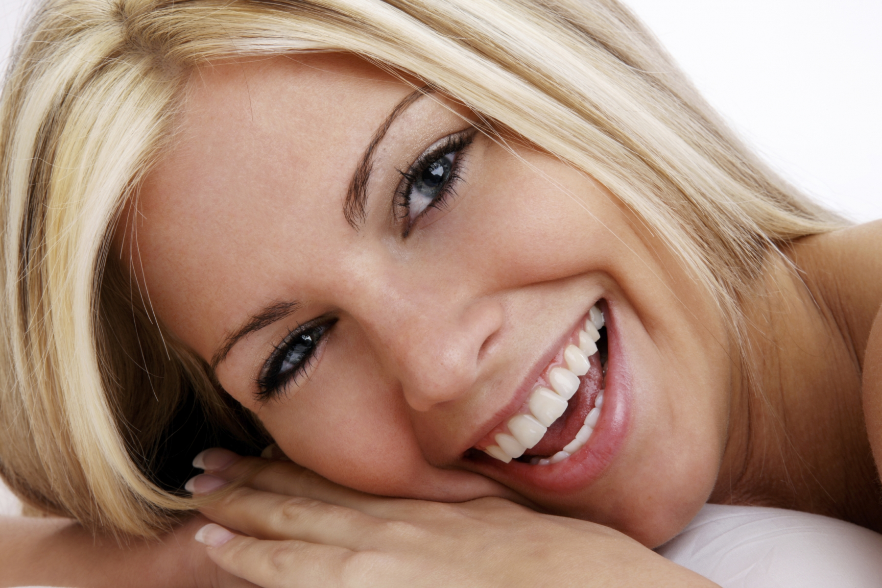 Mujer con la mejor sonrisa del mundo