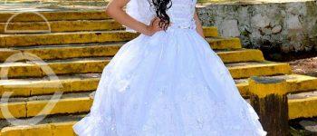 Vestido blanco grande para niña