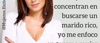 Imágenes de mujeres exitosas con frases para compartir